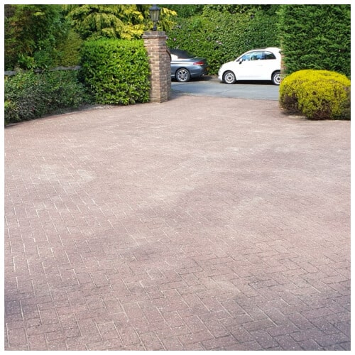 driveway and patio cleaning in Reading