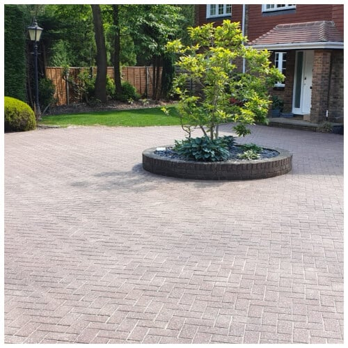 driveway and patio cleaning in Luton